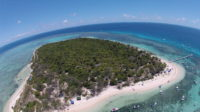 Indépendance de la Nouvelle Calédonie: gauche et droite tiennent un discours inversé sur l'identité et la démocratie
