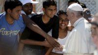 Le pape François parle aux missionnaires scalabriniens…et vante les migrants et colonnes de migrants bâtisseurs de nations